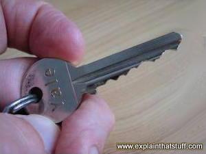 کلید قفل yale